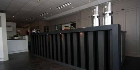 bedrijfsinterieur_interieurspuiterij_meubelspuiterij_hofmeijer_nijkerk